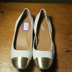 Cream Flats with Gold Metal Trim